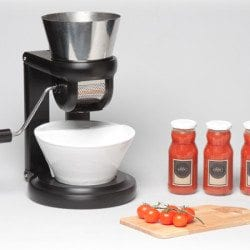 Salsa Maker: Homemade Tomato Sauce