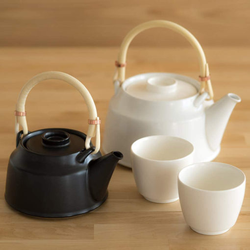 Dobin Tea Set
